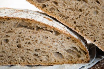 Ljubezensko pismo kruhu